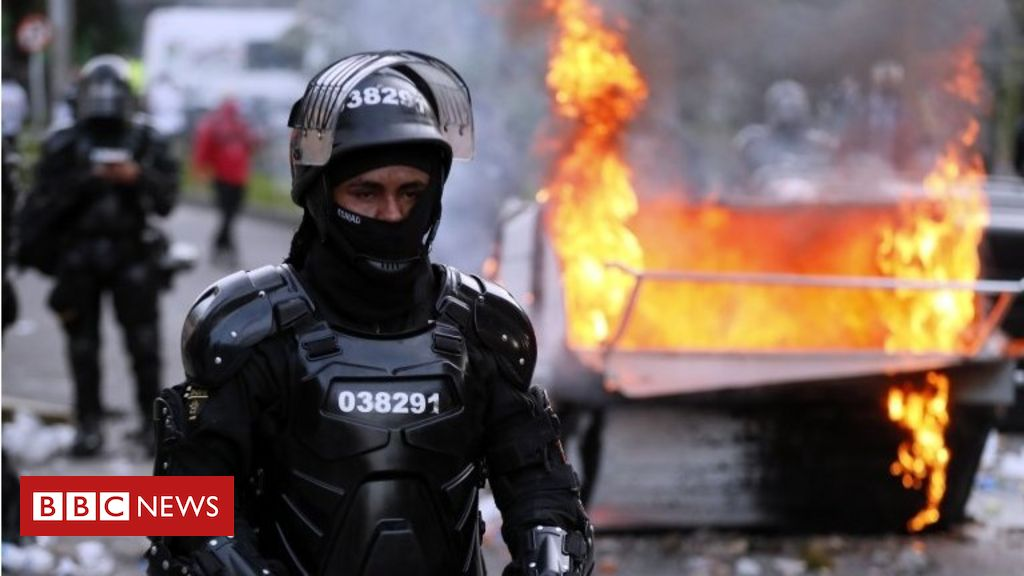 Colombia protests: Death of man tasered by police sparks deadly clashes