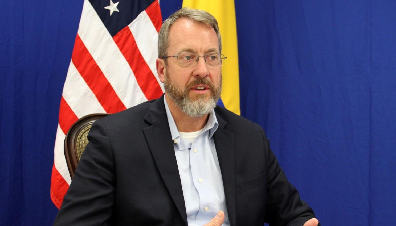 James Story: España debe investigar la fuente de financiación de ciertas familias venezolanas en Europa