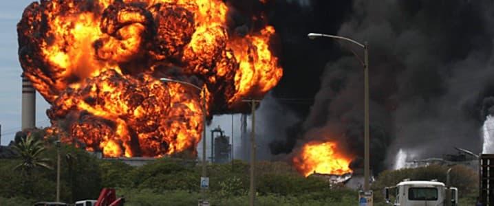 Venezuela Refinery Explodes   OilPrice.com