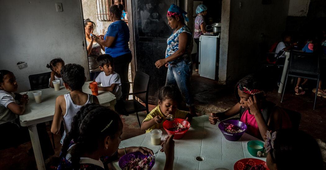 Venezuela Raids Food Charity, Interrupting Meals for Children