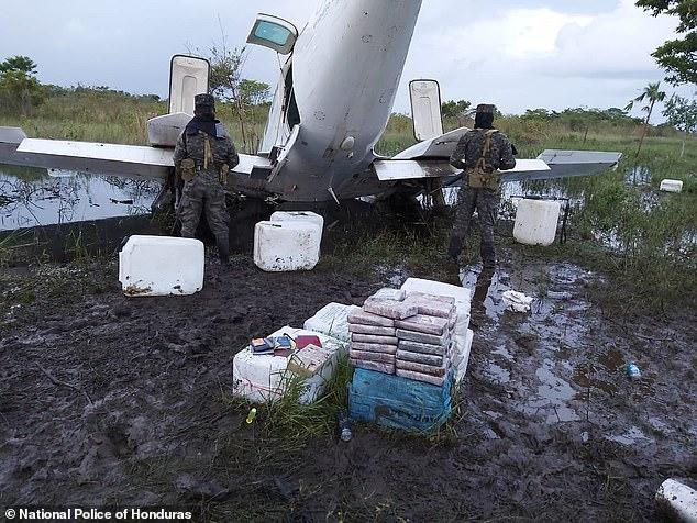 Drug smugglers from Venezuela crash jet with cocaine in Honduras