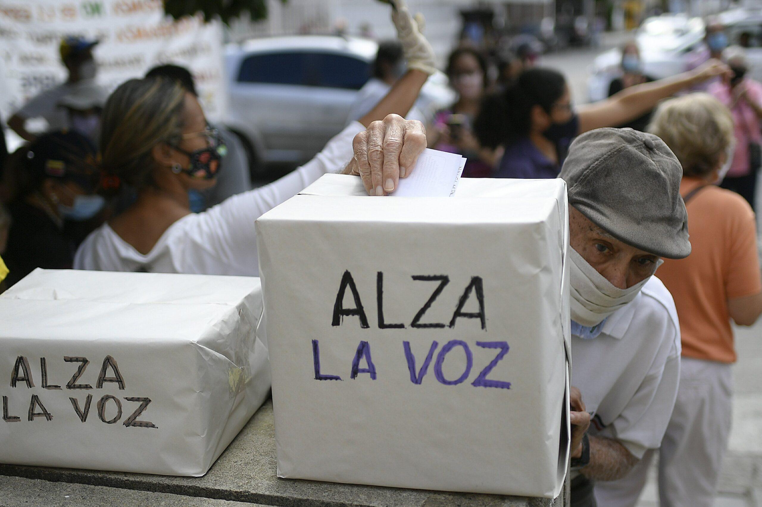 Maduro opponents claim big turnout in Venezuelan protest
