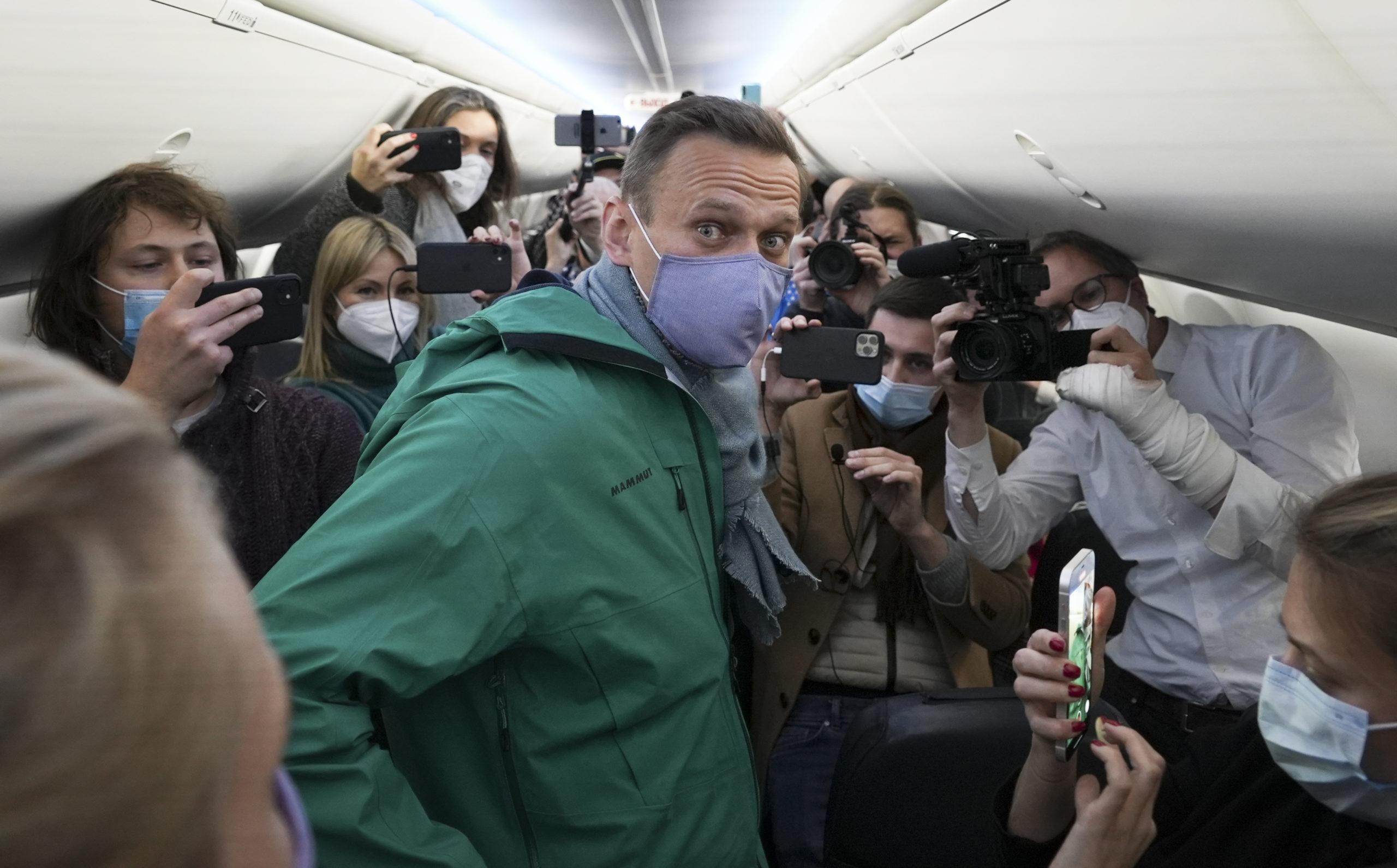 Navalny Is No Mirror for the Venezuelan Opposition |