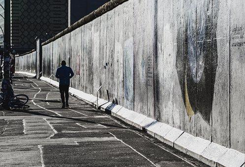 The Berlin Wall and Venezuela  … 1/28/21