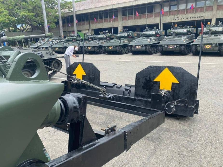 Venezuelan army builds mine clearing vehicles on V-100 Commando and AMX-13