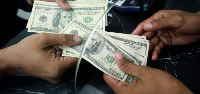 Bloomberg: Mercado de bonos de Venezuela requiere armas y bolsas de efectivo