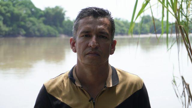 Crisis en Apure y Arauca | «Cada vez que suena una bomba les decimos a los niños que va a llover»: el inédito éxodo de venezolanos a «la otra frontera» con Colombia por violencia