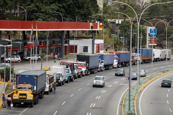 Llegó a Venezuela el primer cargamento de diésel en seis meses