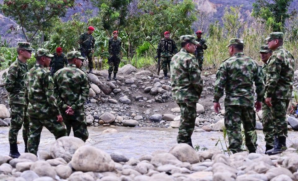 Muerte de Santrich podría ser un intercambio para rescatar a militares secuestrados