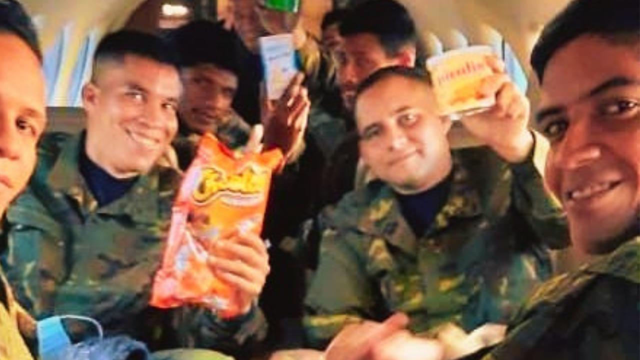 Guerrillas Release Captive Venezuelan Troops After Humiliating FANB