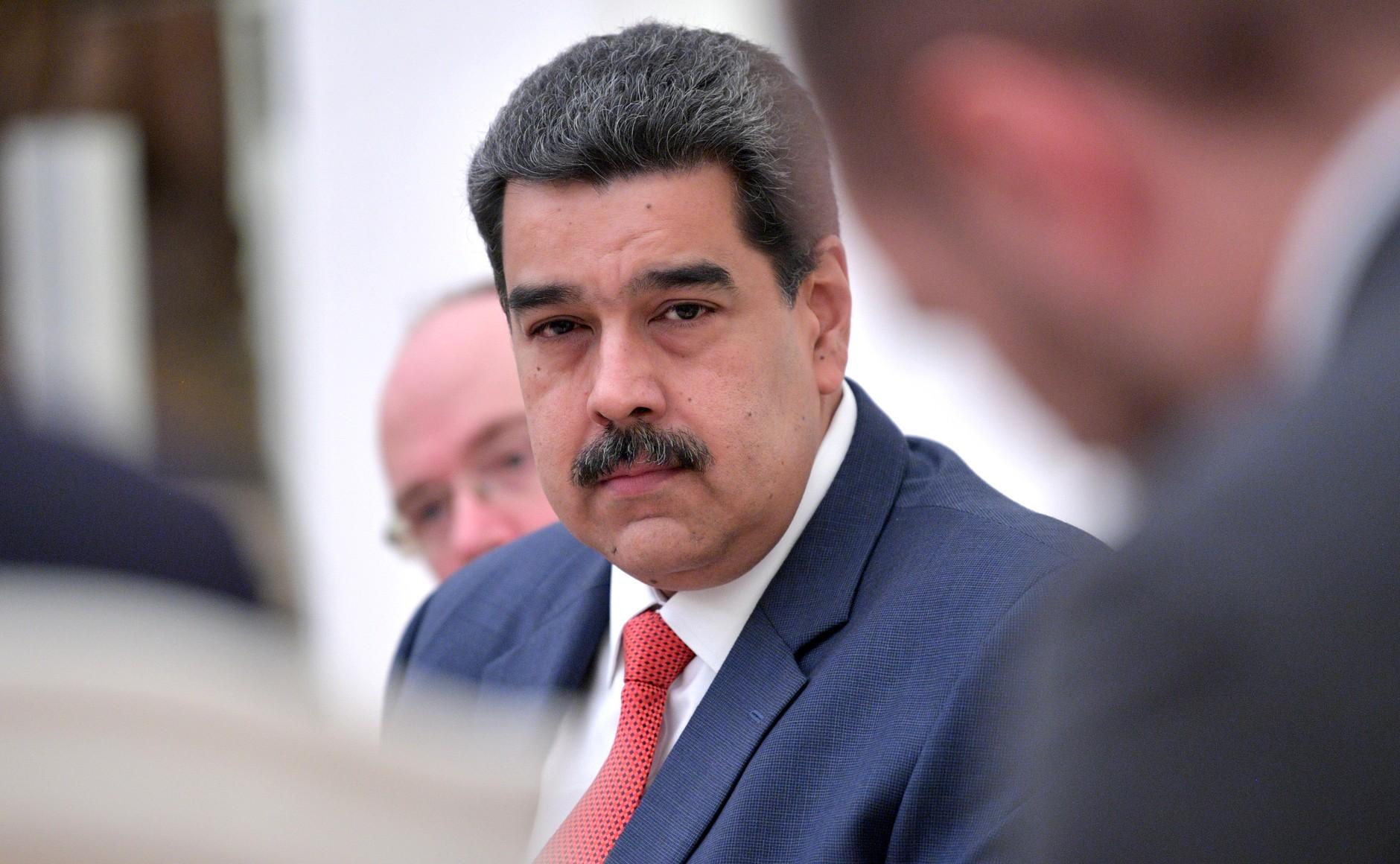 Razones por las que Maduro no renunciará a sus «protectores» paralelos