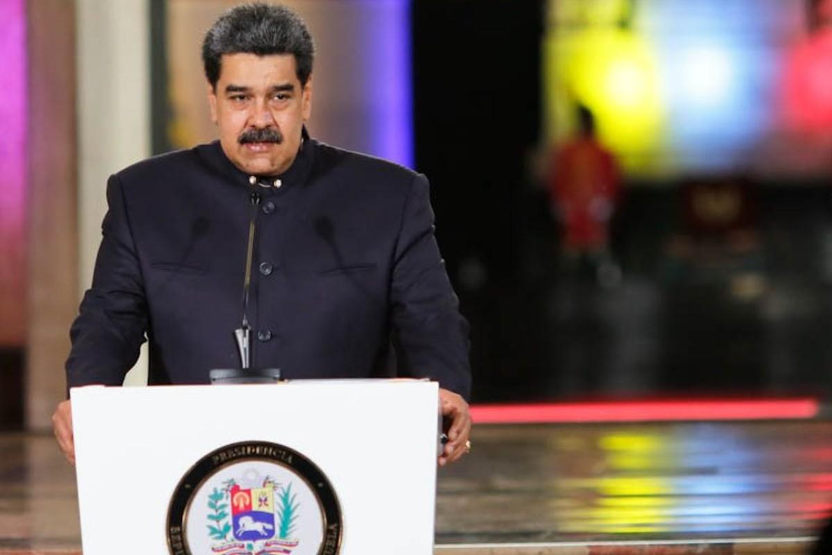 Reuters: Maduro recurrió a dos bancos privados para pagar el Covax