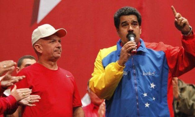 """Hugo """"El Pollo"""" Carvajal, el hombre que guarda los secretos más importantes de la estructura de poder que montó Hugo Chávez y que heredó Nicolás Maduro"""