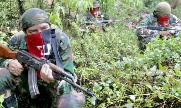 La guerrilla avanza sobre territorio venezolano: está armada, secuestra, castiga y se mete a las casas a exigir el almuerzo